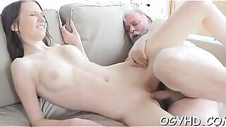 sexy video: Young babe is leaking pussy juice for some cash