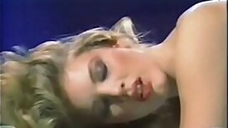 sexy video: Hottie outfit blonde male fucking luscious babe vintage