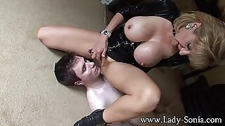 sexy video: Subduing dirty whore for some fresh milk