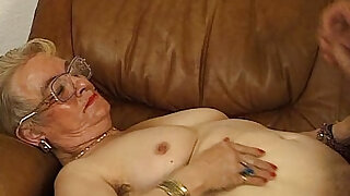 sexy video: JuliaReavesProductions Hausfrauen Luder scene video fingering blowjob and fucking asshole orga