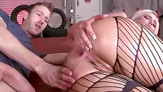sexy video: kate england Big Butt Girl Oiled And Hard Deep Nailed clip