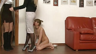 sexy video: Young couple fucking with two mistresses