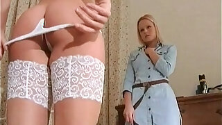 sexy video: Two hot lesbian babes exploring each